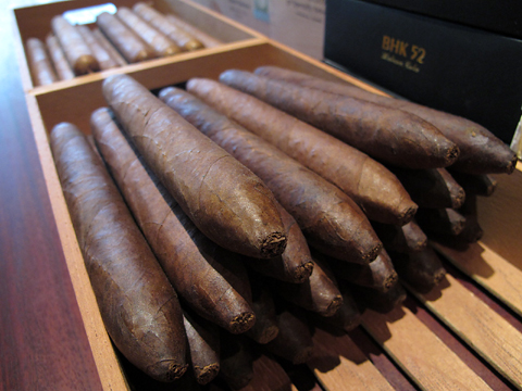 hamlet_house_cigars_salomones