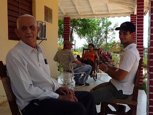 talk_with_don_alejandro_robaina_11