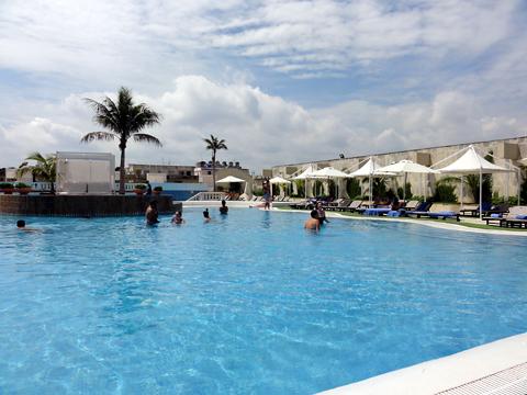 melia_cohiba_hotel_pool