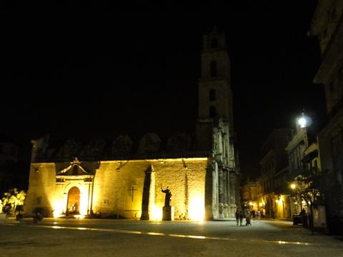 night_in_habana_vieja3